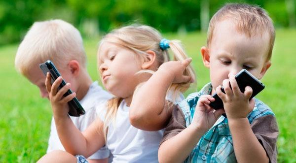 Educación, Uso razonable de móvil e Internet en niños